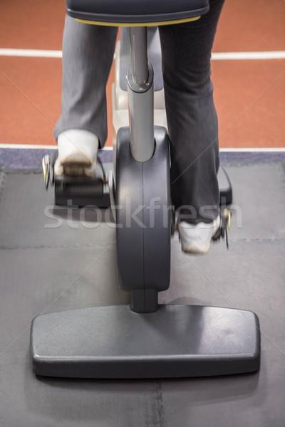 Düşük bölüm kadın egzersiz bisiklet spor salonu Stok fotoğraf © wavebreak_media