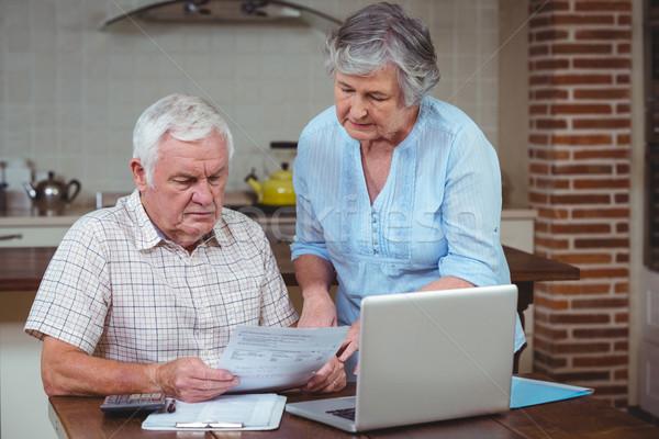 Ruhestand Paar Rechnungen Laptop home Frau Stock foto © wavebreak_media