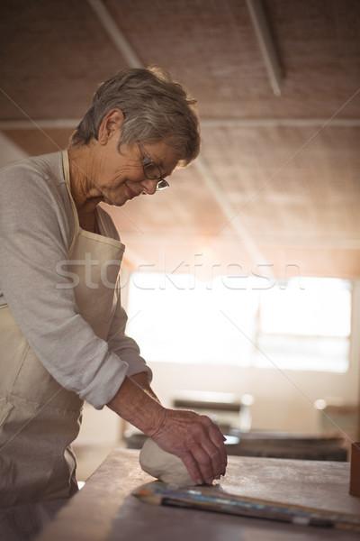Feminino argila cerâmica oficina negócio mulher Foto stock © wavebreak_media
