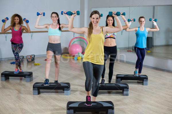 Groep vrouwen vrouw fitness Stockfoto © wavebreak_media