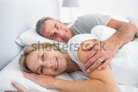 íntimo Pareja cama nina cara mujeres Foto stock © wavebreak_media