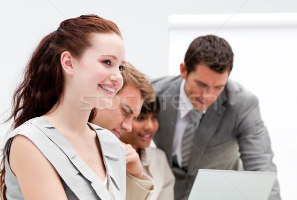 Portret uśmiechnięty kobieta interesu pracy koledzy biuro Zdjęcia stock © wavebreak_media