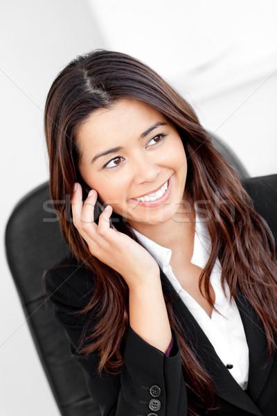 Asian kobieta interesu mówić telefonu biuro szczęśliwy Zdjęcia stock © wavebreak_media