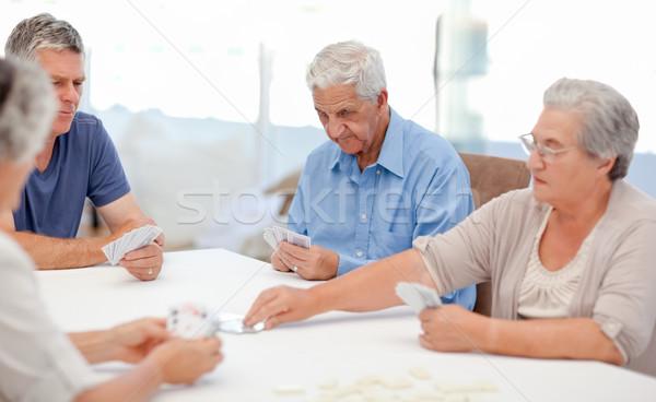 Ruhestand Menschen Spielkarten zusammen home Mädchen Stock foto © wavebreak_media