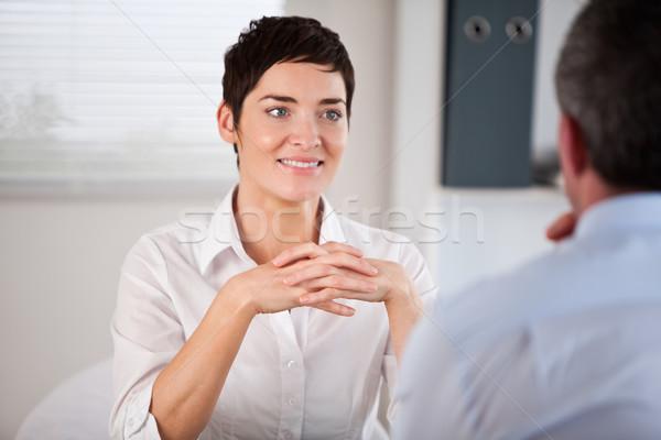 候補者 リスニング 将来 マネージャ オフィス 女性 ストックフォト © wavebreak_media