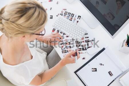 Fotó szerkesztő készít kapcsolat lap asztal Stock fotó © wavebreak_media