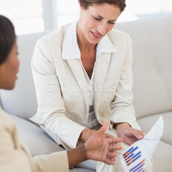 Boldog üzletasszonyok megbeszélés adat kanapé iroda Stock fotó © wavebreak_media