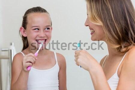 肖像 フィット 若い女性 スポーツ ブラジャー フィットネス ストックフォト © wavebreak_media