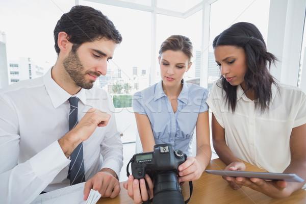 Foto stock: Pessoas · de · negócios · câmera · escritório · homem · equipe · foto