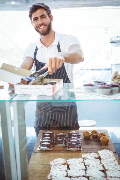 Mosolyog munkás üzlet étel szerver állás Stock fotó © wavebreak_media