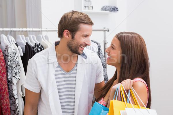 Sonriendo Pareja mirando otro boutique Foto stock © wavebreak_media