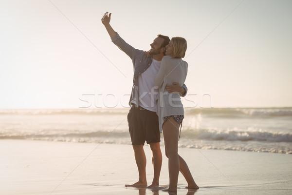 Kıyı plaj kadın Stok fotoğraf © wavebreak_media