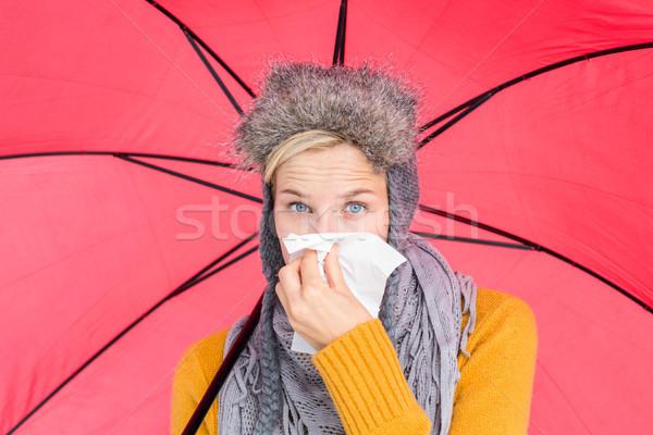 Femme moucher parapluie heureux rouge Photo stock © wavebreak_media