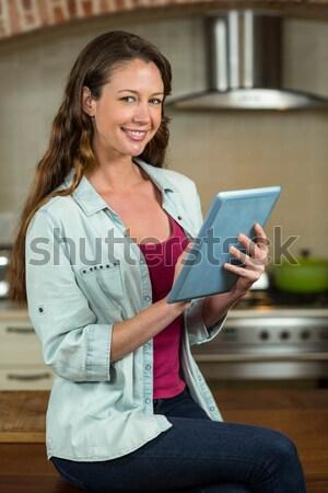 Portré terhes üzletasszony napló áll otthoni iroda Stock fotó © wavebreak_media