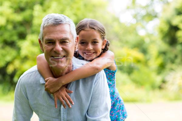 Nonno sorridere ragazza sorriso amore Foto d'archivio © wavebreak_media