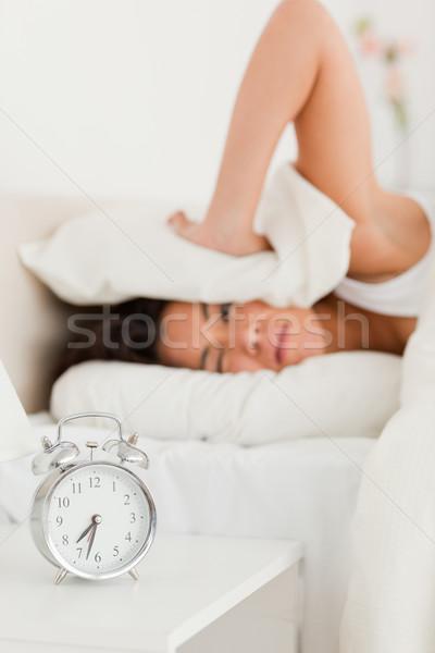 Cute donna foglio non sveglia Foto d'archivio © wavebreak_media
