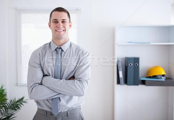 Geschäftsmann stehen lächelnd Arme gefaltet Business Stock foto © wavebreak_media