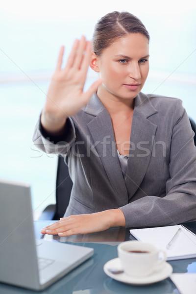 Portret kobieta interesu rozmowy biuro Internetu pracy Zdjęcia stock © wavebreak_media