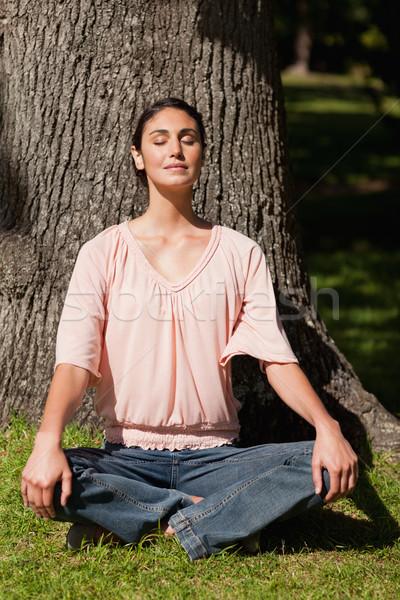 女性 ヨガのポーズ 手 座って ストックフォト © wavebreak_media