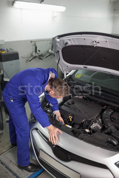 Mecánico coche garaje metal motor Foto stock © wavebreak_media
