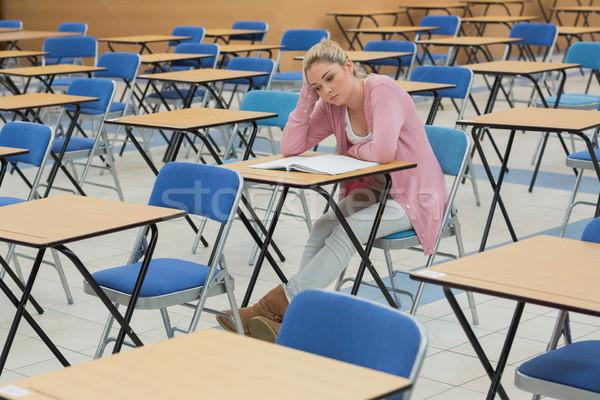 öğrenci oturma büro düşünme kâğıt çalışmak Stok fotoğraf © wavebreak_media