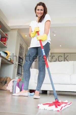 Nő hegyorom nappali otthon padló takarítás Stock fotó © wavebreak_media