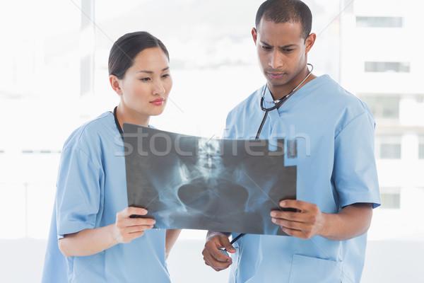 Iki cerrahlar xray parlak hastane Stok fotoğraf © wavebreak_media
