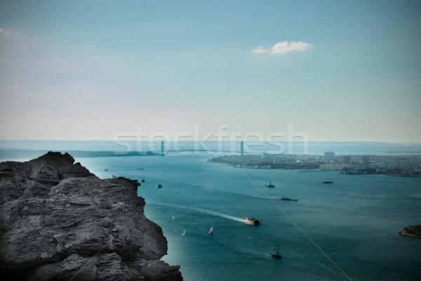 Grande rocha porto ponte digitalmente gerado Foto stock © wavebreak_media