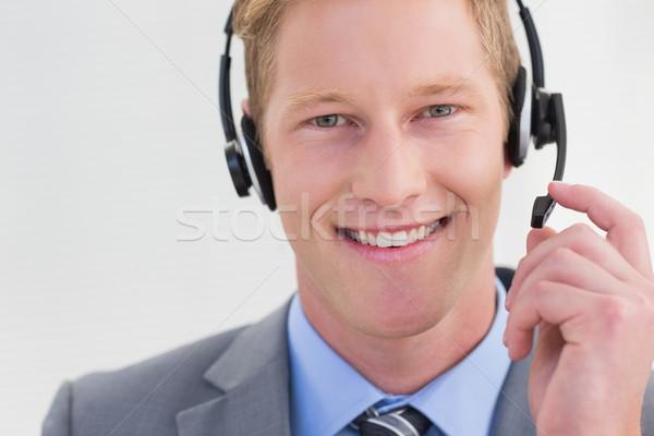 Bonito agente fone call center homem Foto stock © wavebreak_media