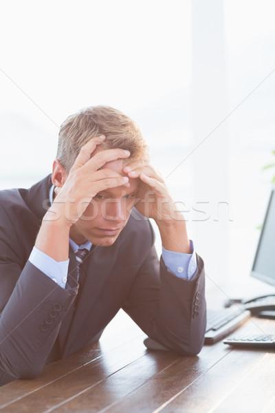 ビジネスマン 手 額 オフィス ビジネス 男 ストックフォト © wavebreak_media