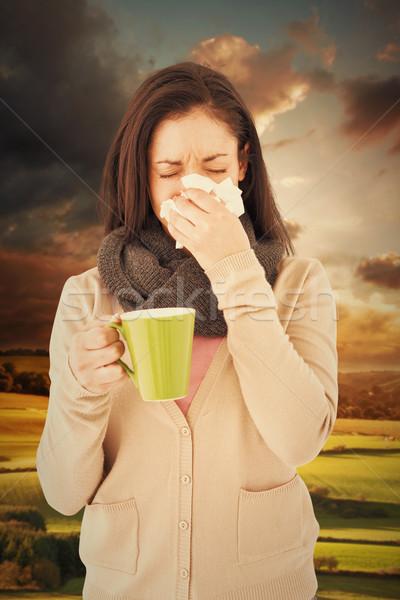 Imagen enfermos mujer sonarse la nariz Foto stock © wavebreak_media