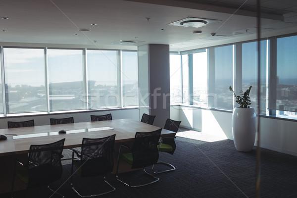 Wnętrza pusty sala konferencyjna biuro szkła tabeli Zdjęcia stock © wavebreak_media
