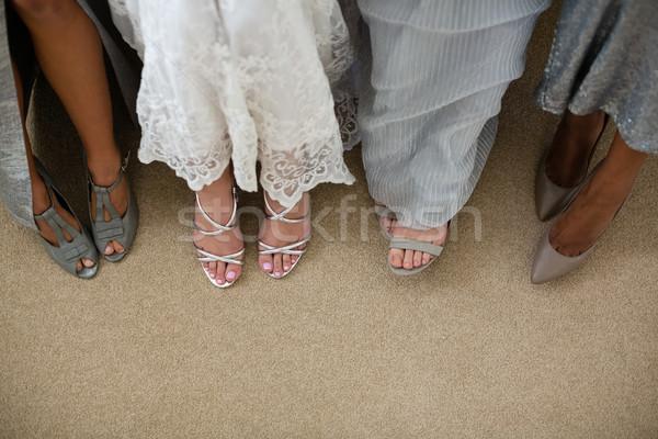 Alacsony részleg menyasszony áll otthon házasság Stock fotó © wavebreak_media