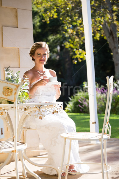 красивой невеста кофе Председатель женщину Сток-фото © wavebreak_media