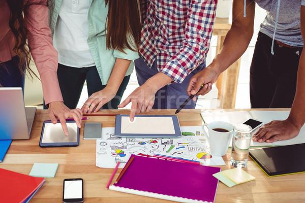 年輕 創意 團隊 隨便 辦公室 商業照片 © wavebreak_media