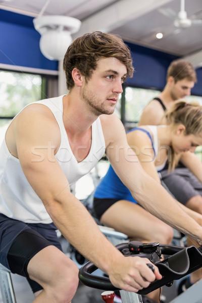 соответствовать группа людей осуществлять велосипедов вместе crossfit Сток-фото © wavebreak_media