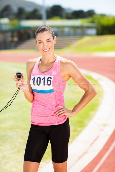 Retrato femenino atleta cronógrafo pie Foto stock © wavebreak_media