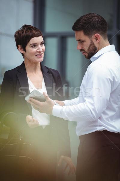 Digital comprimido escritório negócio homem Foto stock © wavebreak_media