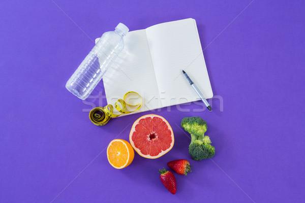 Cantimplora cinta métrica frutas vegetales Foto stock © wavebreak_media
