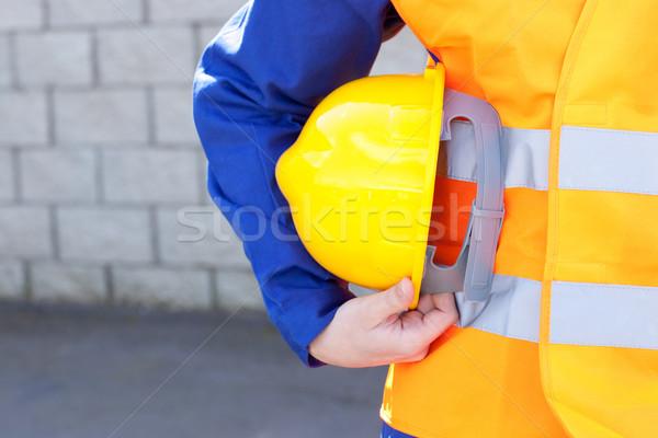 érett férfi mérnök áll fal mosoly Stock fotó © wavebreak_media