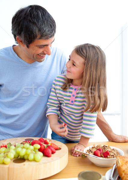 привязчивый отец дочь завтрак кухне семьи Сток-фото © wavebreak_media