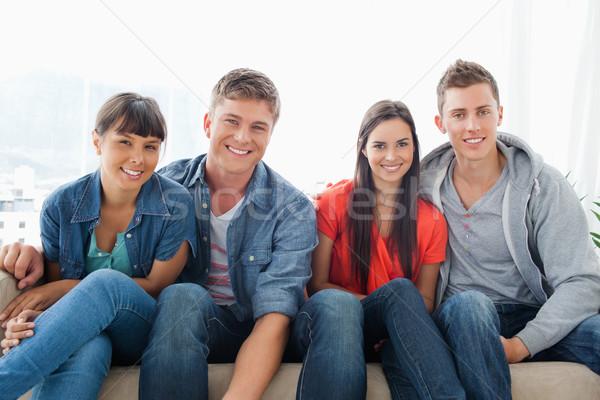Uśmiechnięty grupy naprzód wygląd kamery Zdjęcia stock © wavebreak_media