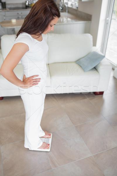 Сток-фото: домой · гостиной · дома · таблице · Lounge · женщины