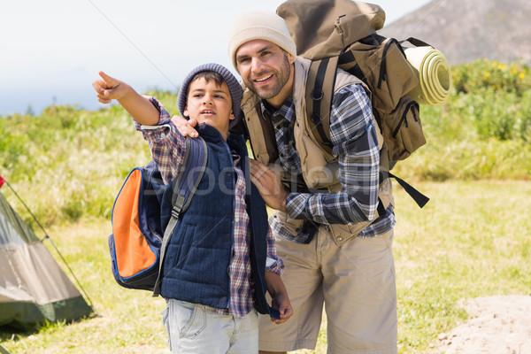 Stock fotó: Apa · fia · kirándulás · hegyek · napos · idő · férfi · boldog