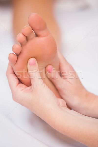 Donna piedi massaggio salone di bellezza hotel vacanze Foto d'archivio © wavebreak_media