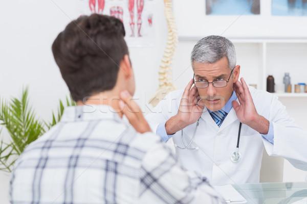 врач пациент шее боль медицинской Сток-фото © wavebreak_media