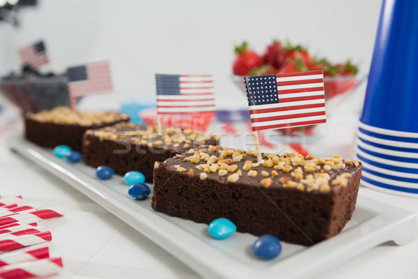 Aliments sucrés décoré table bleu rouge Photo stock © wavebreak_media