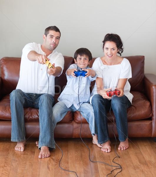 Mutlu aile oynama video oyunları livingroom kadın çocuk Stok fotoğraf © wavebreak_media
