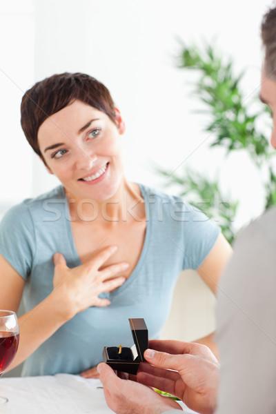 ハンサム 男 笑みを浮かべて ガールフレンド レストラン ワイン ストックフォト © wavebreak_media