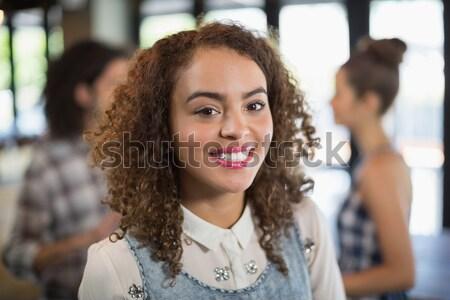 Portré fiatal diák pózol folyosó boldog Stock fotó © wavebreak_media